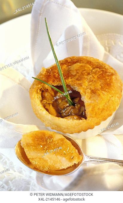 mushroom pasty, pie
