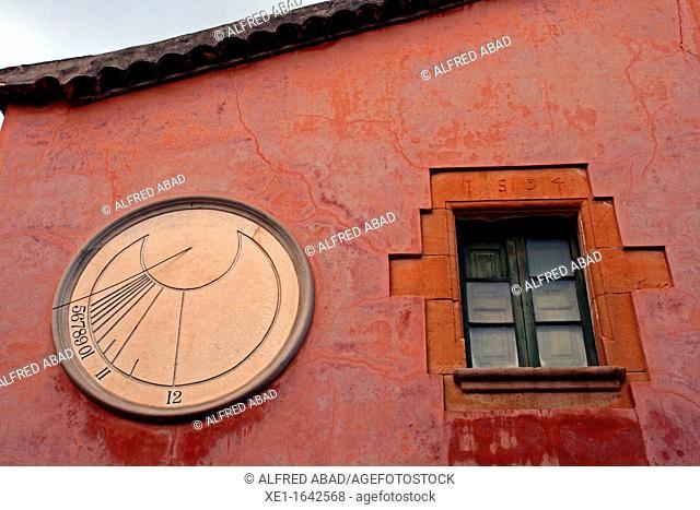sundial, Can Vinyers farmhouse, Matadepera, Catalonia, Spain