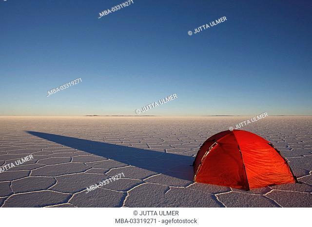 Bolivia, Salar de Uyuni, tent, spending the night