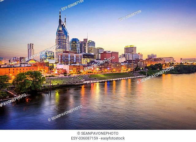 Nashville, Tennessee, USA downtown skyline on the Cumberland River