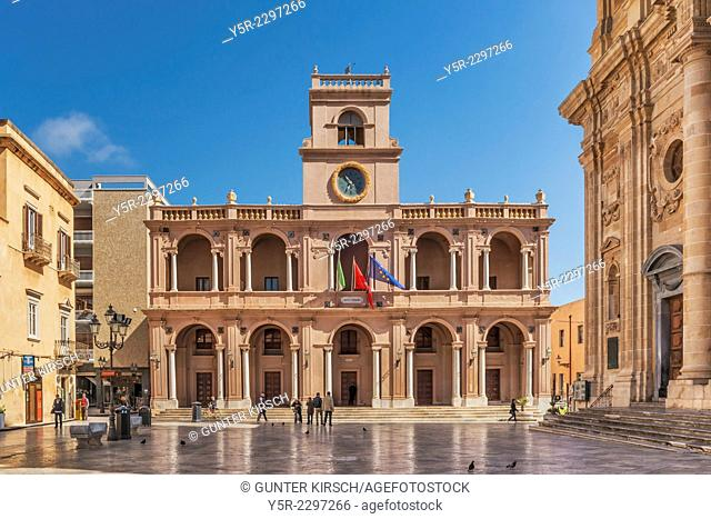 The port city of Marsala Arabic: Marsa Allah - the God port located on the west coast of Sicily. The city belongs to the province of Trapani