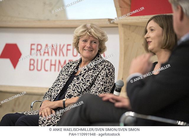 left to right Prof. Monika GRUETTERS (Grutters) (Minister of State for Culture and the Media), Inger-Maria MAHLKE (Author, Book Prize winner