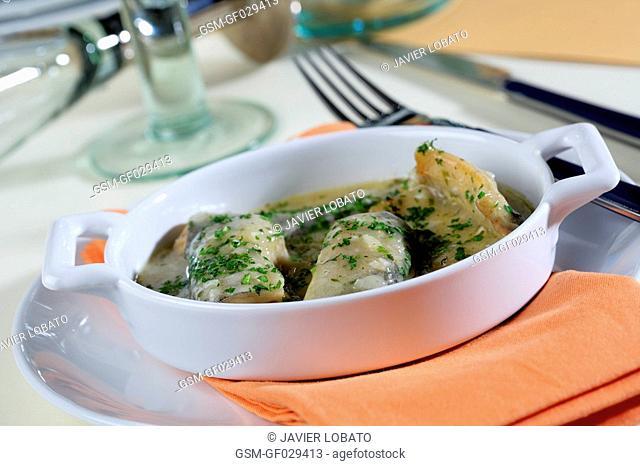 Eel and onion casserole