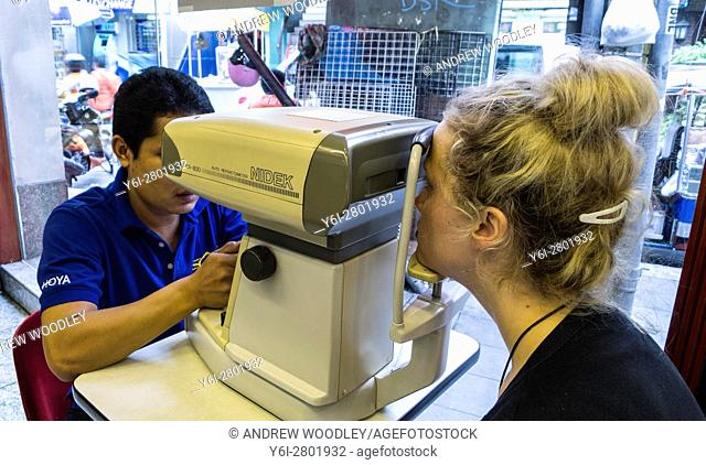 Vision test optician Bangkok Thailand