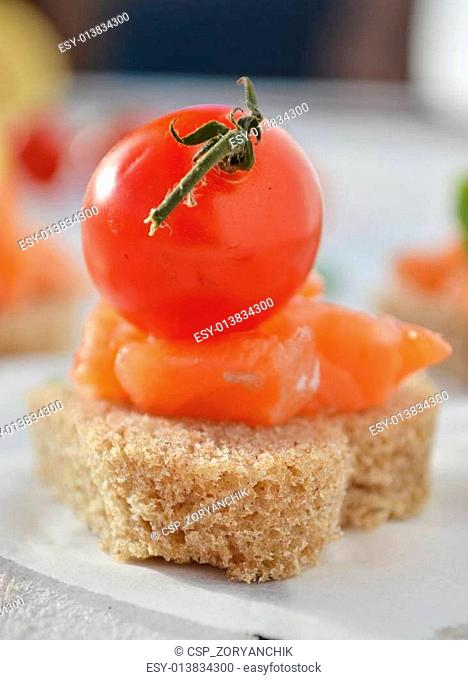 somon sandvich and canapes