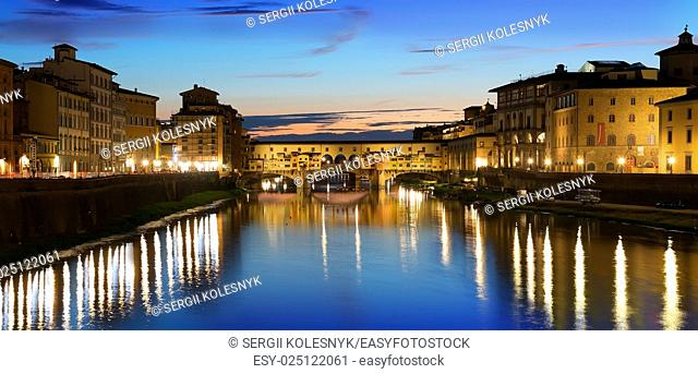Ponte Vecchio and river Arno in Florence, Italy