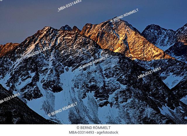 Austria, Carinthia, High Tauern (Hohe Tauern), High Tauern National Park, Grossglockner Hochalpenstrasse, stack group