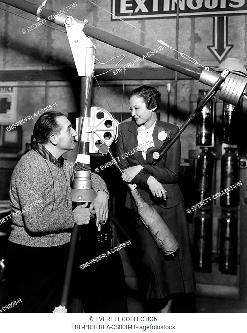 THE FURY, director Fritz Lang, directing Sylvia Sidney, on set, 1936. CSU Archives/Everett Collection