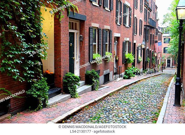 Historic Acorn Street on Beacon Hill in dowtown Boston Massachusetts MA