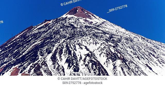 The volcanic summit of Mount Teide, a UNESCO World Heritage Site, viewed from Carretera del La Esperanza, La Orotava, Tenerife, Canarias, Spain
