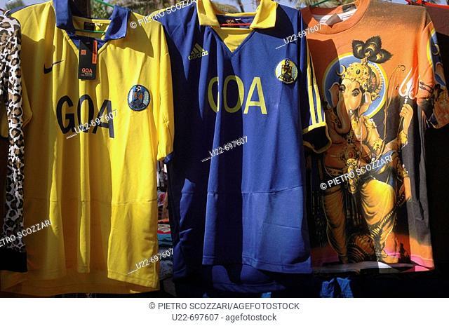 Anjuna Goa, India: t-shirts on sale at the flea market