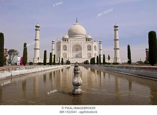 Pool, reflection, Taj Mahal, Agra, Uttar Pradesh, India, Asia