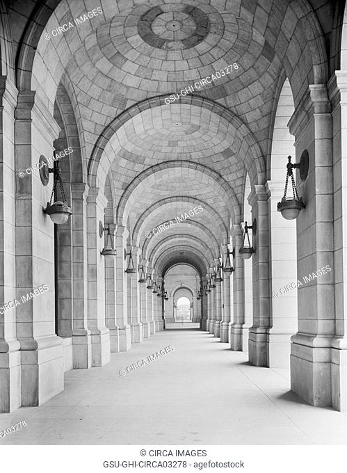 Corridor, Union Station, Washington DC, USA, Detroit Publishing Company, 1910