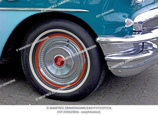Vintage Buick with whitewall tires