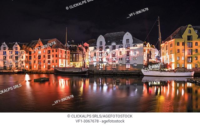 """Alesund by night during """"""""Brosundet Burns"""""""" light show - 114 years anniversary of the big city fire in Šlesund, Norway / 19. 01. 2018"""