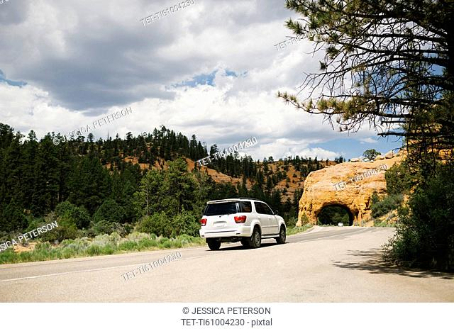 USA, Utah, Car on country road in Bryce Canyon National Park
