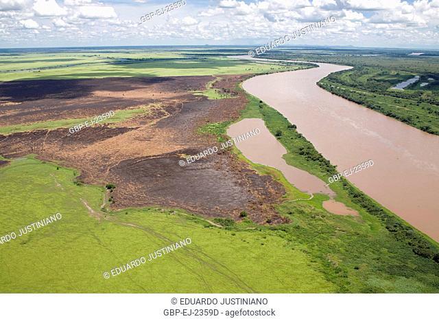 Fly over on the Pantanal Sulmatogrossense, Burning, Corumbá, Mato Grosso do Sul, Brazil