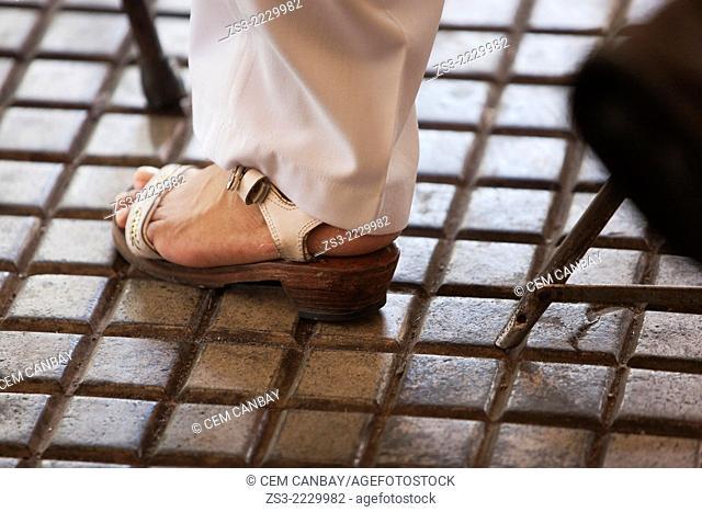 Mexican dancer wearing traditonal Yucatan shoes on the weekly sunday morning show, Merida, Yucatan, Mexico, North America
