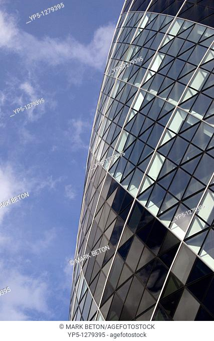 Closeup Swiss Re Tower London