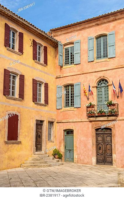 Roussillon village, Vaucluse, Provence, France, Europe
