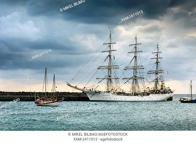 Sailing ship and pier. Arrecife. Lanzarote, Canary Islands, Spain, Europe
