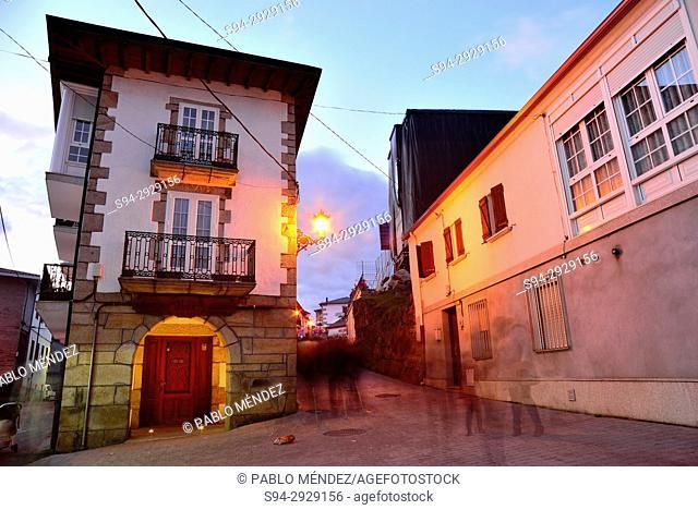 Tilde in the crossroads between Eirexa, Outeiro and Picota streets, Laza, Orense, Spain