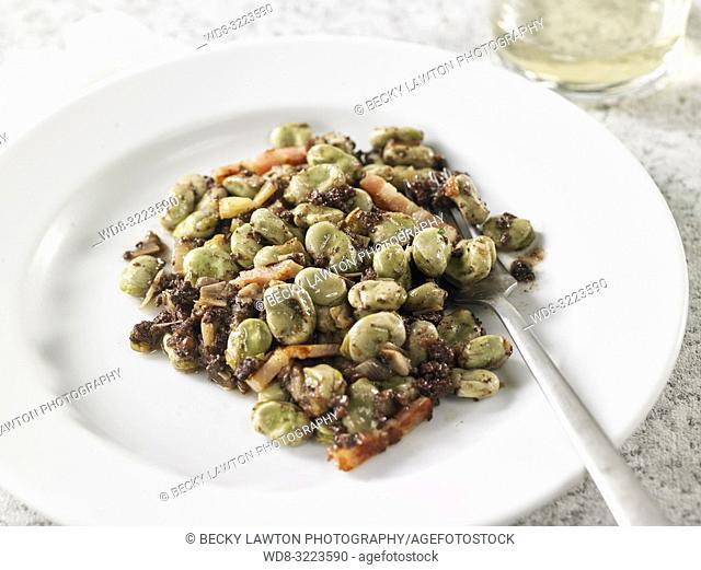 alubias salteadas / sautéed beans