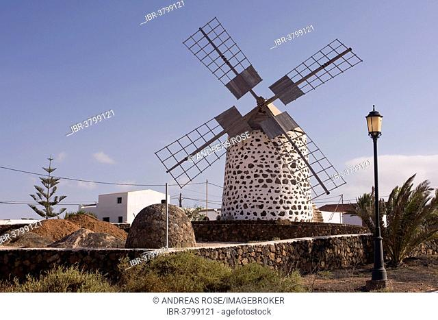 Windmill, Molinos, Lajares, Fuerteventura, Canary Islands, Spain