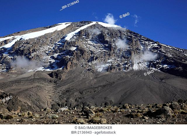 View to the summit of Mount Kilimascharo, as seen from the Barranco Hut, Tanzania, Africa
