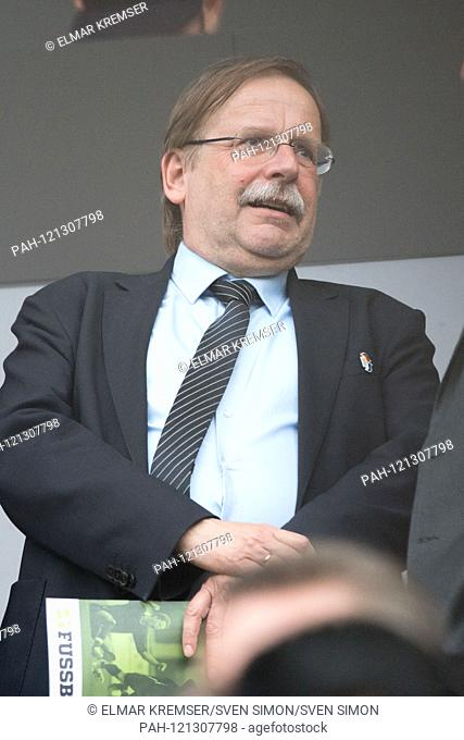 Dr. Rainer KOCH (DFB vice-president amateurs, law and statute questions) is a guest at the Tribuene, Tribvúne, spectators, half-length portrait, portrait format