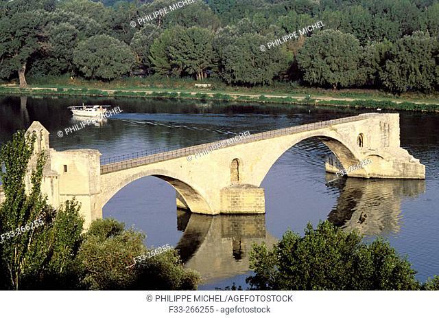 Pont Saint Benezet. Avignon. Vaucluse. Provence. France