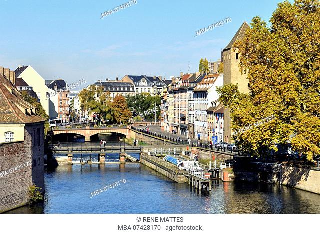 France, Bas Rhin, Strasbourg, old town listed as World Heritage by UNESCO, Petite France District, the Covered Bridges over the River Ill, a lock