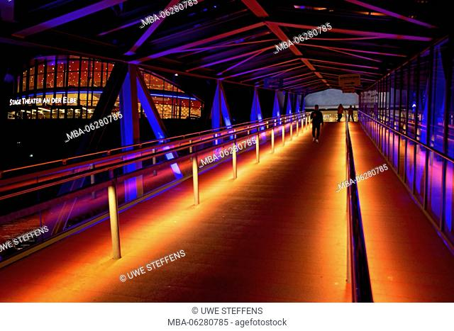 bathing jetty to 'Stage Theater im Hafen Hamburg' in the evening BluePort illumination