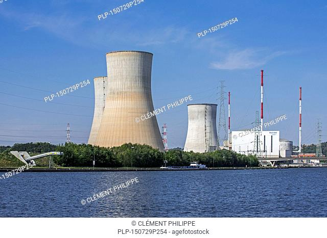 Cooling towers of the Tihange Nuclear Power Station along the Meuse River at Huy / Hoei, Liège / Luik, Belgium