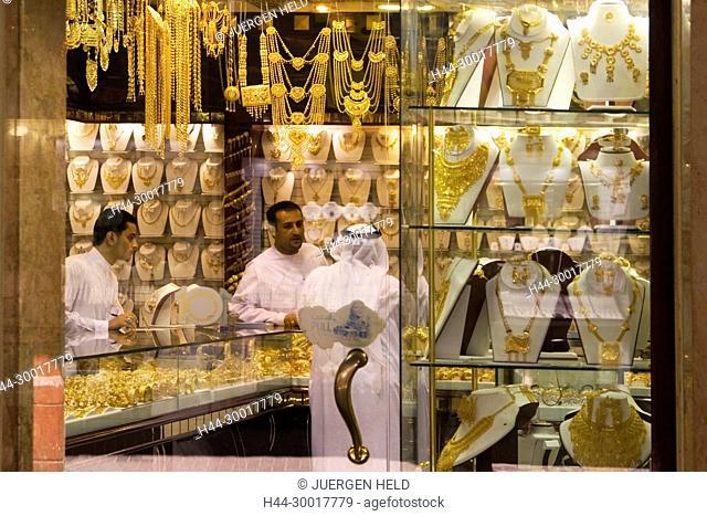 United Arab Emirates, Dubai, Dubai Deira, gold market, gold souq, shop window