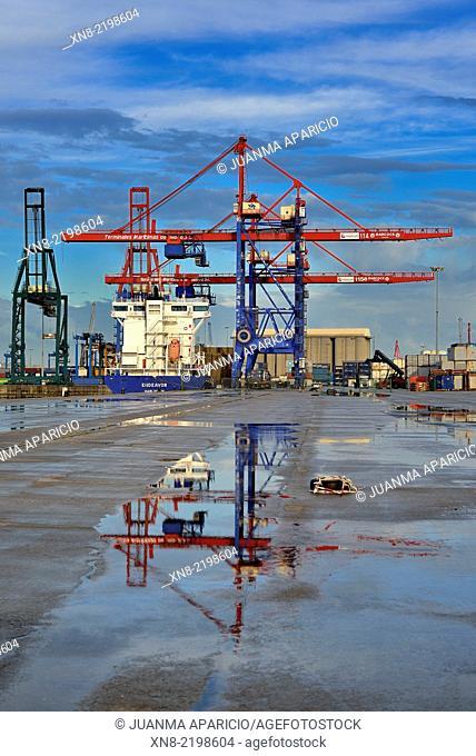 Port of Bilbao, Biscay, Basque Country, Euskadi, Spain, Europe