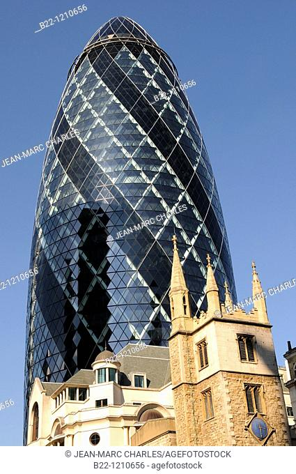 London's main financial district, the City of London, the Swiss Re Tower better known as the Gherkin due to its phallic shape, architect : Norman Foster