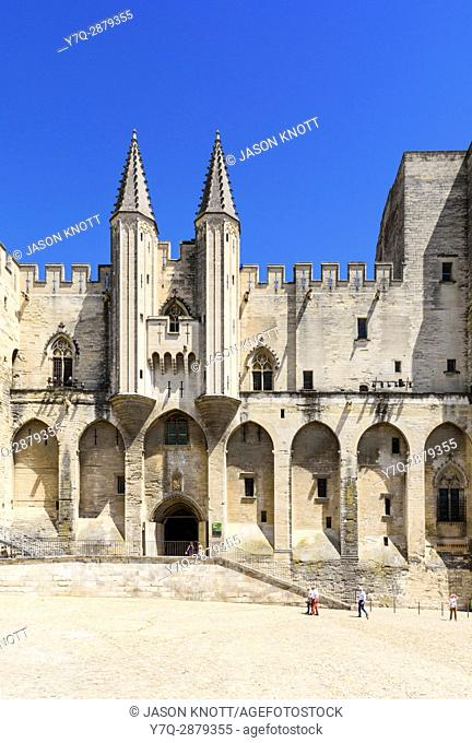 Gothic twin towered facade of the Palais Neuf, Palais des Papes, Palace Square, Avignon, Vaucluse, Provence-Alpes-Cote d'Azur, France