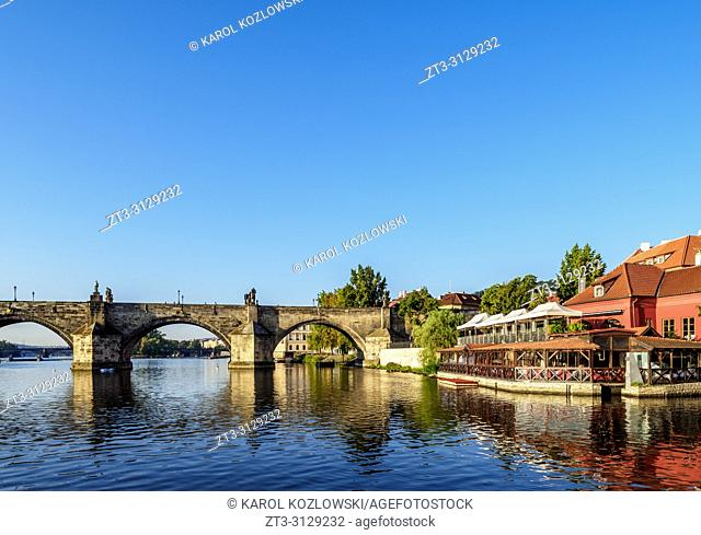 Charles Bridge and Vltava River, Mala Strana, Prague, Bohemia Region, Czech Republic