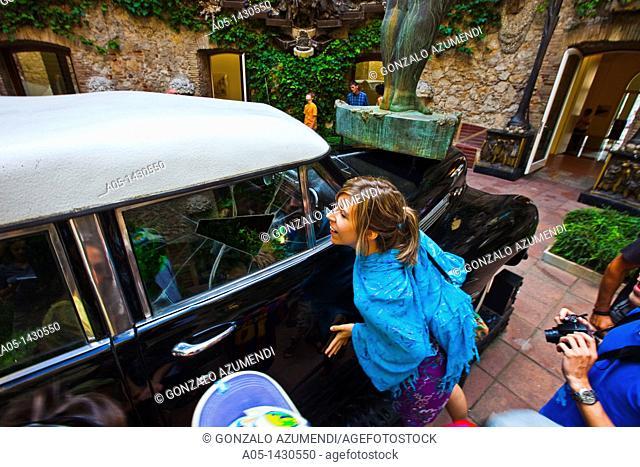 Cadillac Plujos Rainy Cadillac, Salvador Dalí Theater-Museum, Foundation Gala-Salvador Dalí, Figueres, Alt Empordá, Costa Brava, Girona Province, Catalonia