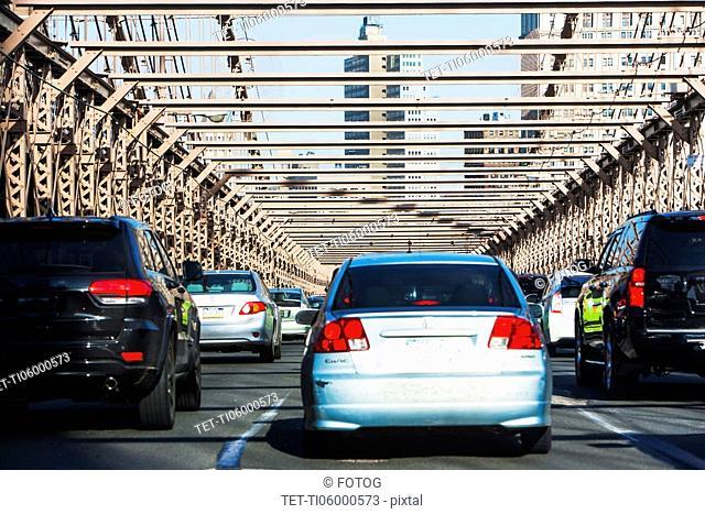 USA, New York State, New York City, Traffic on Brooklyn Bridge
