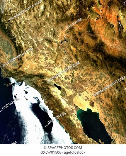 This clear view of the western United States from September 27, 2001, highlights the wide variety of landscapes in the region