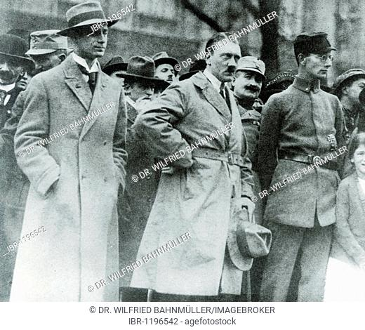 Alfred Rosenberg, Adolf Hitler, Christian Weber and Dr. Weber during the inauguration of a war memorial on November 4th 1923 in Munich, Bavaria, German Reich