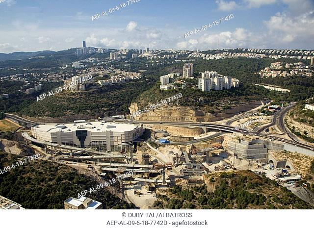 Aerial photograph of the Grand Canyon shopping center in Haifa