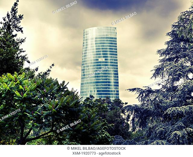 Iberdrola Tower  architect: Cesar Pelli  Bilbao, Biscay  Basque Country, Spain