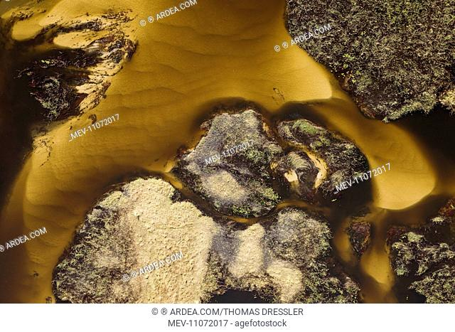 Detail of a sandy section of the Gomoti River with its channels and islands aerial view - Okavango Delta, Moremi Game Reserve, Botswana