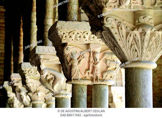 Decorated capitals, 1100, cloister of Saint-Pierre Abbey (UNESCO World Heritage Site, 1998), Moissac, Occitanie, France, 12th century