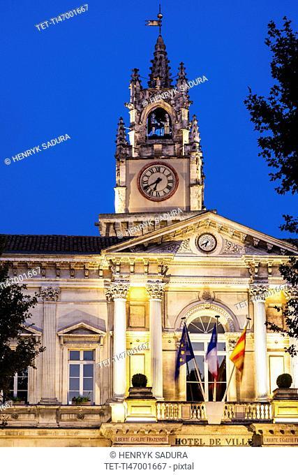 France, Provence-Alpes-Cote d'Azur, Avignon, Avignon City Hall at dusk