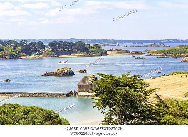 ISLANDS OF BRÉHAT, BRITTANY, FRANCE: Panoramic view of the island from the hill of the Church of Saint Michel
