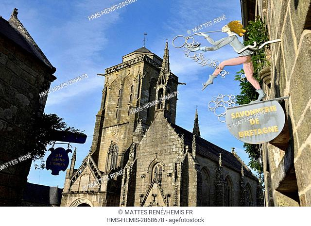 France, Finistere, Locronan, labelled Les plus Beaux Villages de France (The Most Beautiful Villages of France), Saint Ronan church